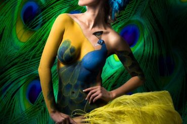 Bodypainting Peacock